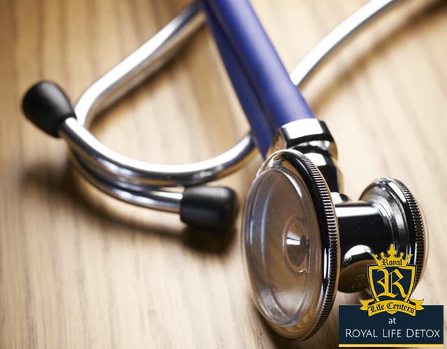 stethoscope - heroin detox